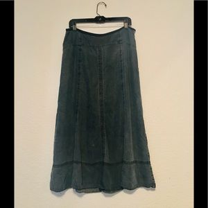 Nic+Zoe .  Chambray maxi skirt